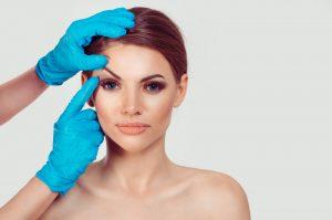 בדיקה רפואית לפני ניתוח פלסטי